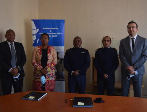 Remise d'équipements informatiques au CFIM et l'Etat-major de la marine nationale malagasy