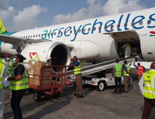Covid-19 : de nouveaux lots de matériels livrés aux Comores et aux Seychelles