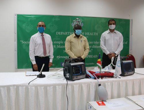 #COVID19 : Cérémonie de remise d'un troisième lot d'équipements aux Seychelles dans le cadre du plan de riposte de la COI